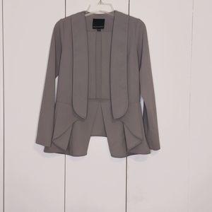 Harlowe & Graham Grey Tuxedo Style Blazer with Peplum Hem Size Small